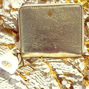 BNWT Tory Burch gold wallet